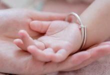 应该立法赋予单身女性生育权吗?